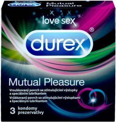 Durex Mutual Pleasure релефни презервативи със стимулираща повърхност