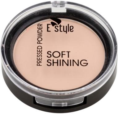 E style Soft Shining rozjasňující kompaktní pudr pro ideální odstín pleti 1