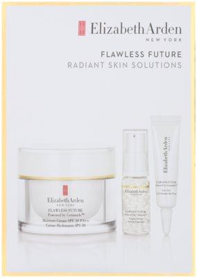 Elizabeth Arden Flawless Future lote cosmético II.