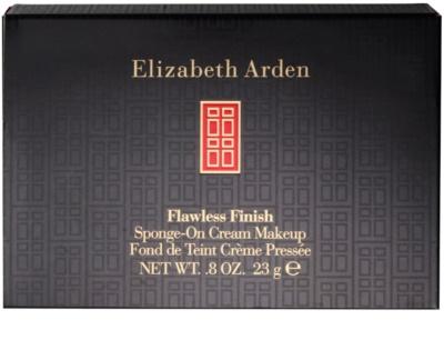 Elizabeth Arden Flawless Finish компактен кремообразен фон дьо тен 3