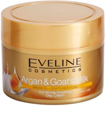 Eveline Cosmetics Argan & Goat´s Milk kisimító nappali krém a ráncok ellen