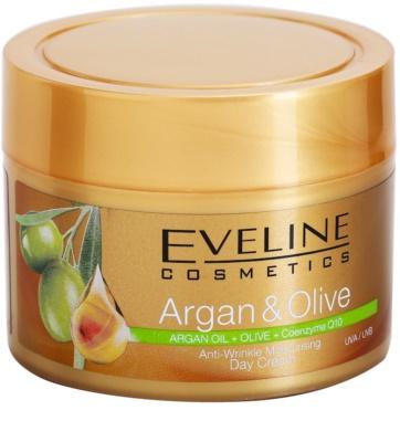 Eveline Cosmetics Argan & Olive hidratáló nappali krém a ráncok ellen