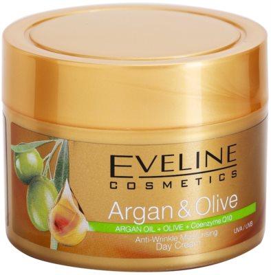 Eveline Cosmetics Argan & Olive хидратиращ дневен крем против бръчки