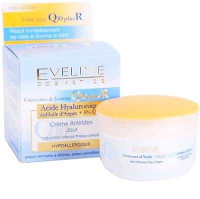 Eveline Cosmetics Q10 + R crema de día  antiarrugas  para pieles normales y secas 1