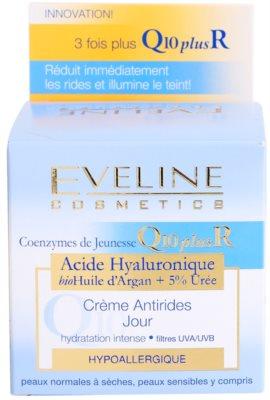 Eveline Cosmetics Q10 + R crema de día  antiarrugas  para pieles normales y secas 3