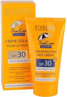 Eveline Cosmetics Sun Care opalovací krém na obličej SPF 30 1