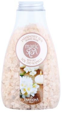 Farmona Magic Spa Jasmine Dream kristályos fürdősó a finom és sima bőrért