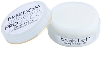 Freedom Pro Studio antibakteriális fürdő ecsetekre 1