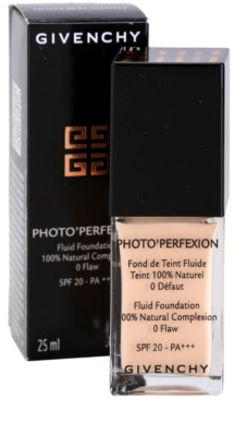 Givenchy Photo'Perfexion Korrektur Make-up SPF 20 3