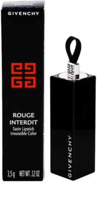 Givenchy Rouge Interdit атласна помада 3