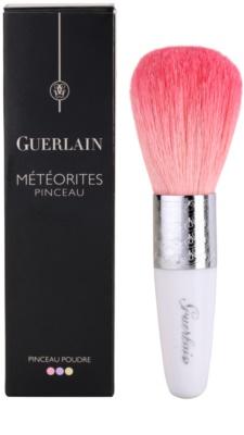 Guerlain Météorites pensula pentru aplicarea pudrei 3