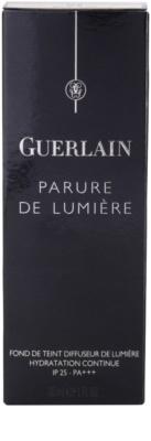 Guerlain Parure de Lumière хидратиращ фон дьо тен 4