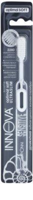 Innova Sensitive ultra tanka zobna ščetka z ioni srebra soft