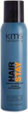 KMS California Hair Stay spray stylizujący odporny na wilgoć w powietrzu
