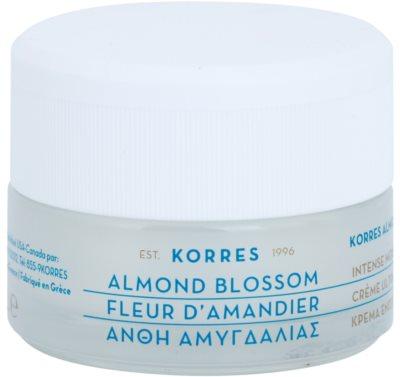 Korres Face Almond Blossom hidratáló és tápláló krém száraz és nagyon száraz bőrre