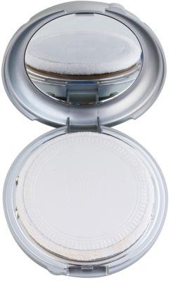 Kryolan Dermacolor Light компактна тональна крем-пудра з дзеркальцем та аплікатором 2