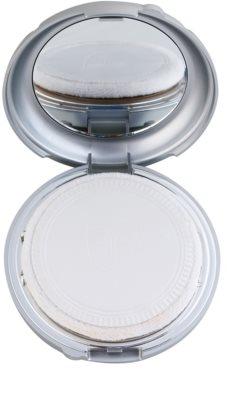 Kryolan Dermacolor Light компактен кремообразен фон дьо тен с огледалце и апликатор 2