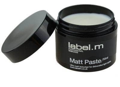 label.m Complete pasta matificante para dar definición y mantener la forma 1