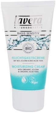 Lavera Basis Sensitiv dnevna vlažilna krema za občutljivo kožo