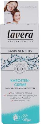 Lavera Basis Sensitiv tónovací krém pro přirozený vzhled 2