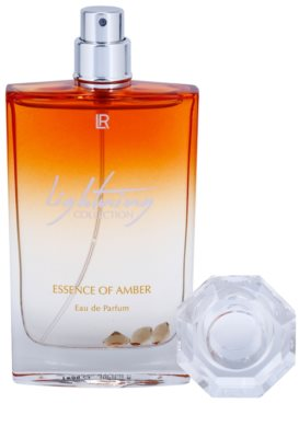 LR Lightning Collection-Essence of Amber By Emma Heming-Willis парфумована вода для жінок 4