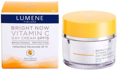 Lumene Bright Now Vitamin C creme de dia hidratante SPF 15 2