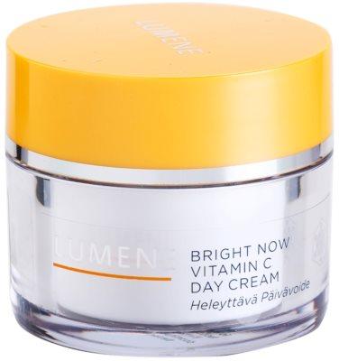Lumene Bright Now Vitamin C crema de zi pentru toate tipurile de ten