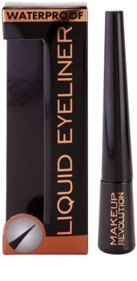 Makeup Revolution Amazing eyeliner rezistent la apa 2
