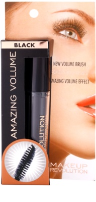 Makeup Revolution Amazing спирала за обем 3