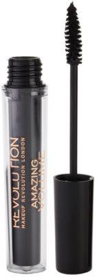 Makeup Revolution Amazing szempillaspirál a dús pillákért