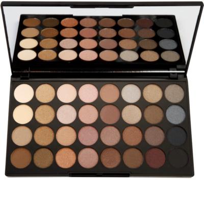 Makeup Revolution Beyond Flawless Palette mit Lidschatten