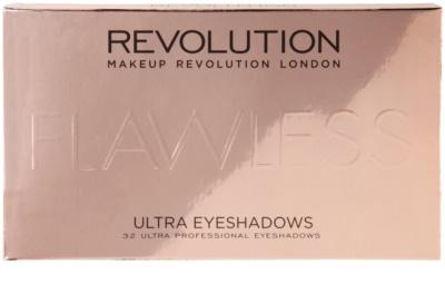 Makeup Revolution Flawless paleta de sombras de ojos 3