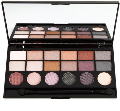 Makeup Revolution Girls On Film paleta farduri de ochi