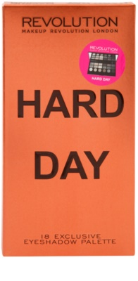 Makeup Revolution Hard Day paleta de sombras de ojos 3