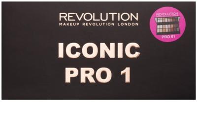 Makeup Revolution Iconic Pro 1 paleta farduri de ochi cu oglinda si aplicator 2