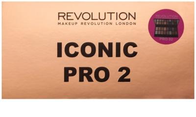 Makeup Revolution Iconic Pro 2 paleta farduri de ochi cu oglinda si aplicator 2
