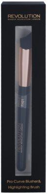 Makeup Revolution Pro Curve brocha de contorno para aplicar colorete 1