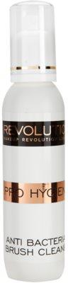 Makeup Revolution Pro Hygiene antibakterijsko čistilno pršilo za čopiče