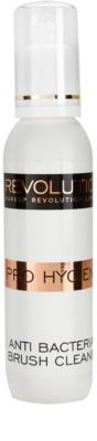 Makeup Revolution Pro Hygiene antybakteryjny spray czyszczący do pędzli