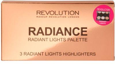 Makeup Revolution Radiance paleta rozjasňujících pudrů 2