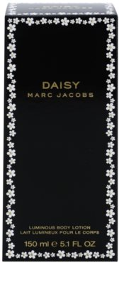 Marc Jacobs Daisy Body Lotion for Women 2
