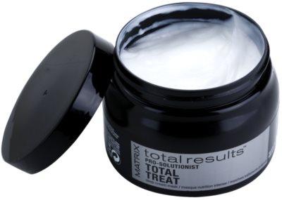 Matrix Total Results Pro Solutionist vyživující maska pro poškozené, chemicky ošetřené vlasy 1