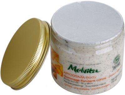 Melvita Apicosma telový peeling pre suchú pokožku 1
