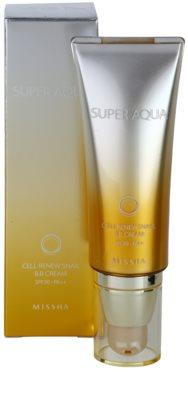 Missha Super Aqua Cell Renew Snail crema BB cu extract de melc 2