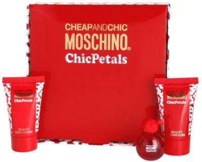 Moschino Cheap & Chic Chic Petals coffret presente