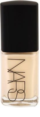Nars Make-up tekutý make-up pro rozjasnění pleti