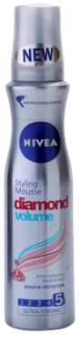 Nivea Diamond Volume penasti utrjevalec za lase za volumen in sijaj