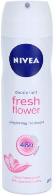 Nivea Fresh Flower dezodorant v spreji