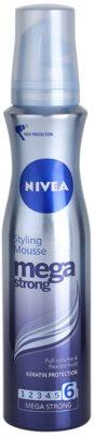 Nivea Mega Strong pianka do włosów utrwalająca dla długotrwałej objętości