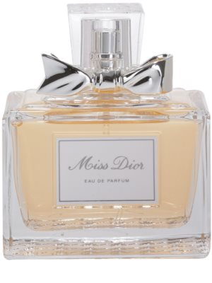 Notino Proste Chic jedinečná, štýlová vôňa pre elegantnú ženu + riasenka pre husté, výrazné riasy 3